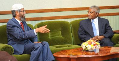 zakir-naik-meets-with-zaki