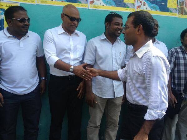 Raees-Nasheed-arrives-at-G.-Hilman-for-Vaudha-Hingun-RaeesNasheed20131